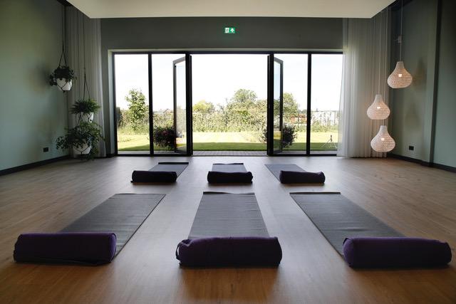 Festina Lente Yoga opent nieuwe yogastudio in Houten!